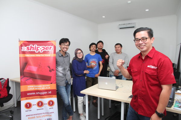 startup logistics Shipper Funding Y Combinator accelerator