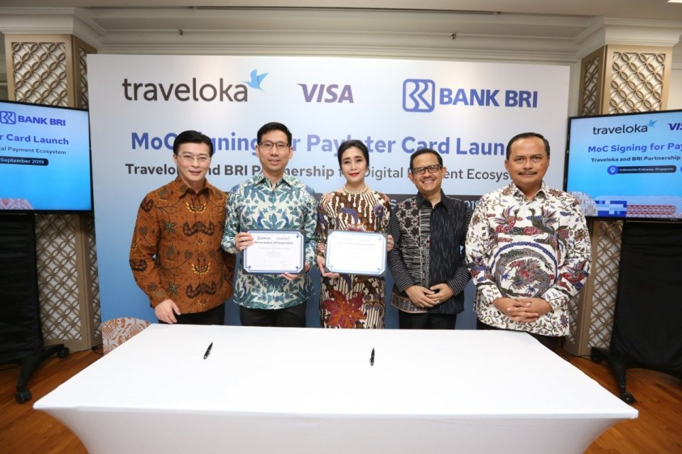 BRI Bank Rakyat Indonesia Traveloka Investing Startup Company