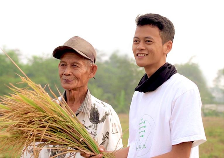 An Agri-tech Startup, HARA, Bridges Farmers with Financial Companies