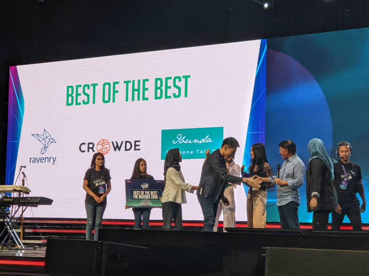 Ravenry, Ibunda, and Crowde Won the Best Startup in The NextDev Summit 2019