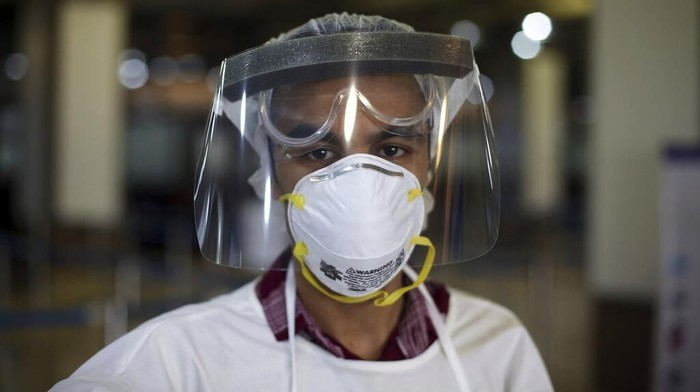 Several E-Commerce Monitor Masks' Price Increase Due to Coronavirus Outbreak