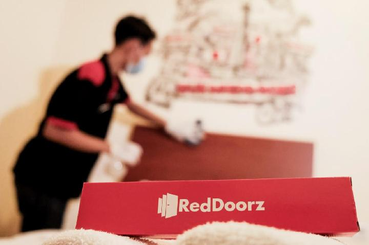 RedDoorz and OYO Provide Free Lodging for RI Medical Personnel