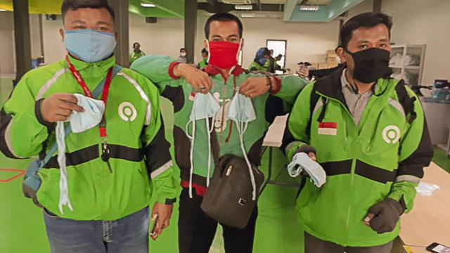 PasarPolis Donated Masks and Launched Innovative Micro-insurance
