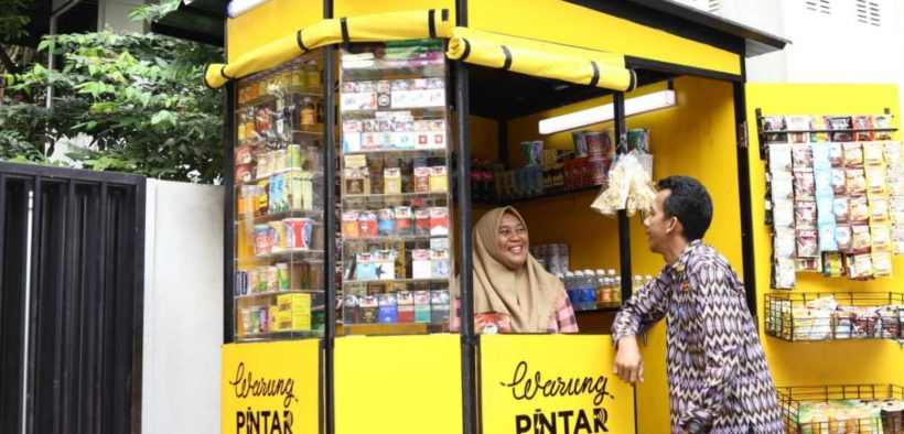 Warung Pintar Provides a Digital-based Social Aid Distribution Services
