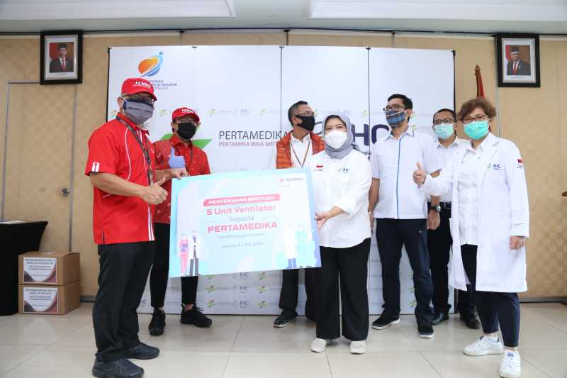Telkomsel Involves Local Startups in Making PPE for Medical Staff