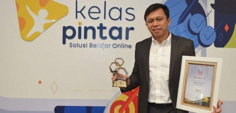 Kelas Pintar Wins the Best Education Platform Award