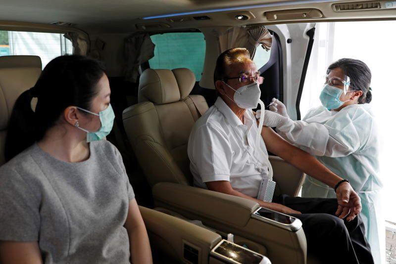 Gojek and Halodoc Expand Drive-Thru Vaccine Services