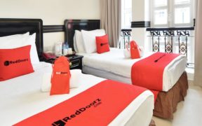 RedDoorz and Booking.com Prepare Strategies for Continuing PPKM