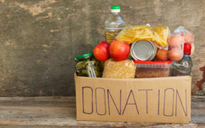 3 Startups and AEON Donate 1,000 Food Packages for Residents in Bogor